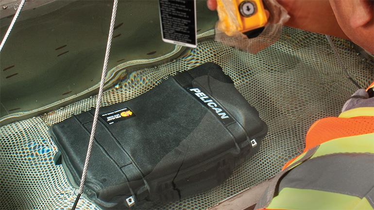 pelican-custom-case-waterproof-test-submersion